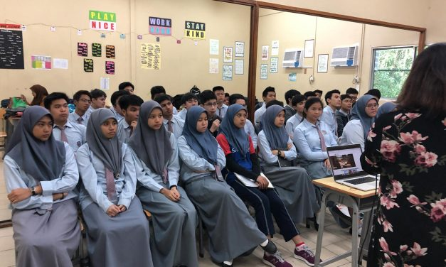SMSS GRADUATING STUDENTS ATTEND A HIGHER EDUCATIONAL TALK