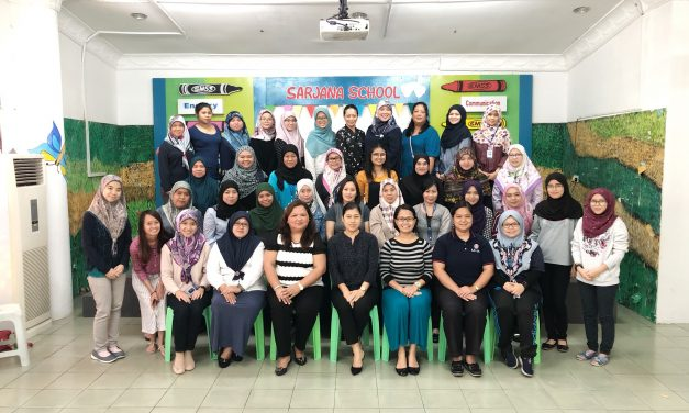 Preschool Teachers on a Roll with 'Mind your Language' PD