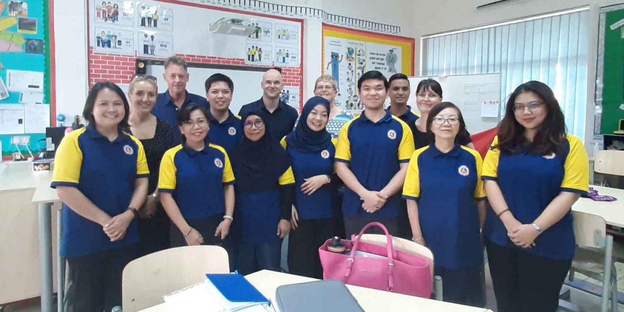 English Mentors attend Teaching Skill Booster Workshop