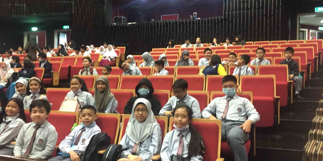 Cemerlang Students Explore Maths Fun Activity